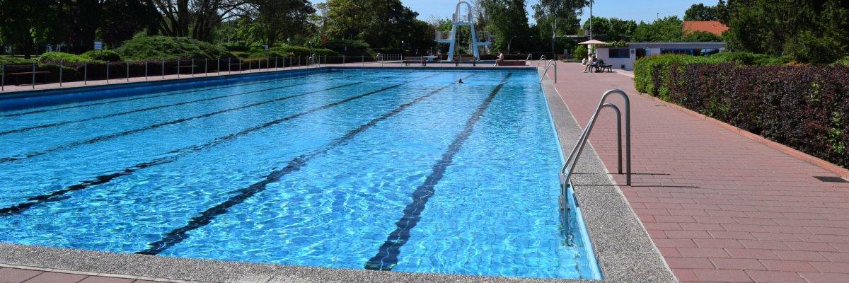 12 stunden schwimmen 2018 seligenstadt am main for Seligenstadt schwimmbad